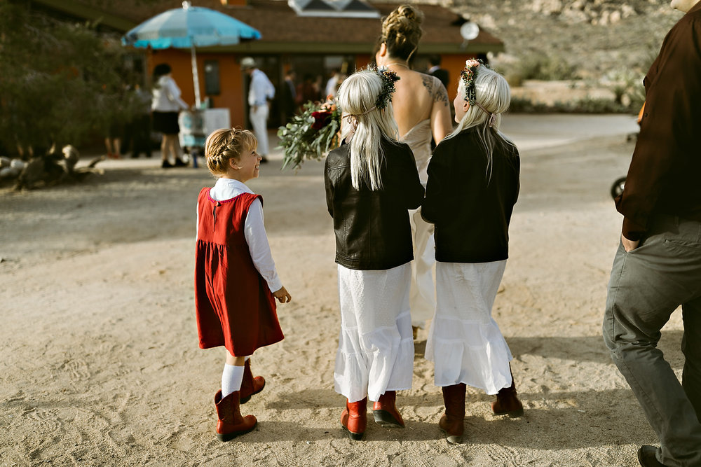 Joshua Tree Wedding Rachel Gulotta Photography-036.jpg