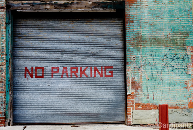 noparkingtealwall.jpg