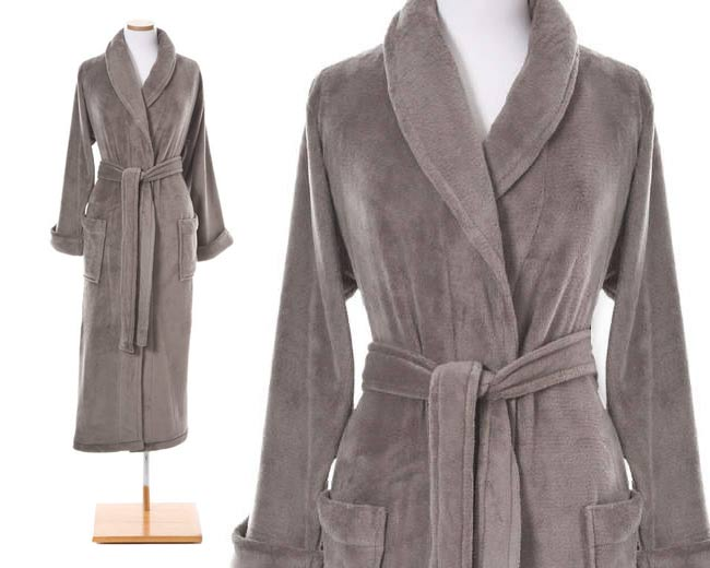 21238 - Sheepy Fleece Robe in Pebble - $84 - Received