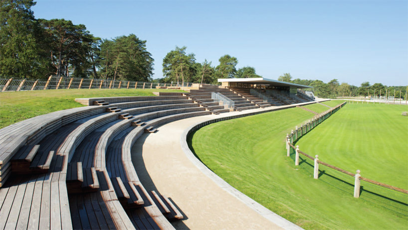 Le Grand Stade by joly & loiret