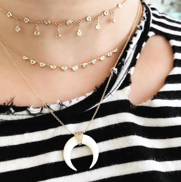 Jacquie Aiche - Half Shaker Diamond Choker Jacquie Aiche - 11 Diamond Emily Necklace Jacquie Aiche - Mini Bone Double Horn Necklace