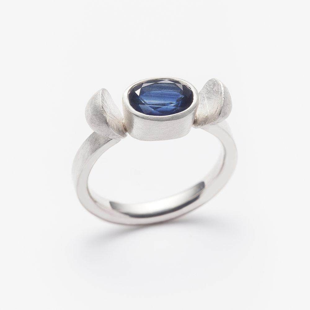 Sapphire ring RW.jpg