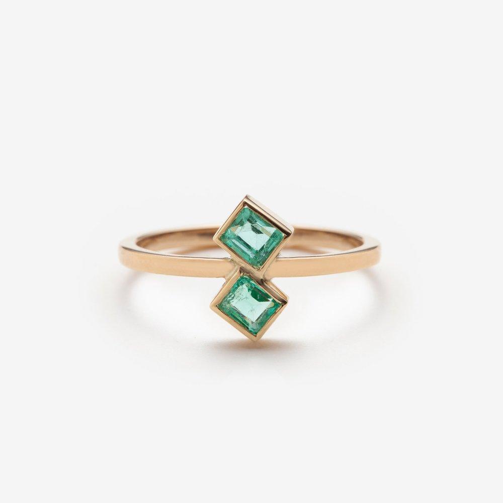 Sacha emerald ring.jpg