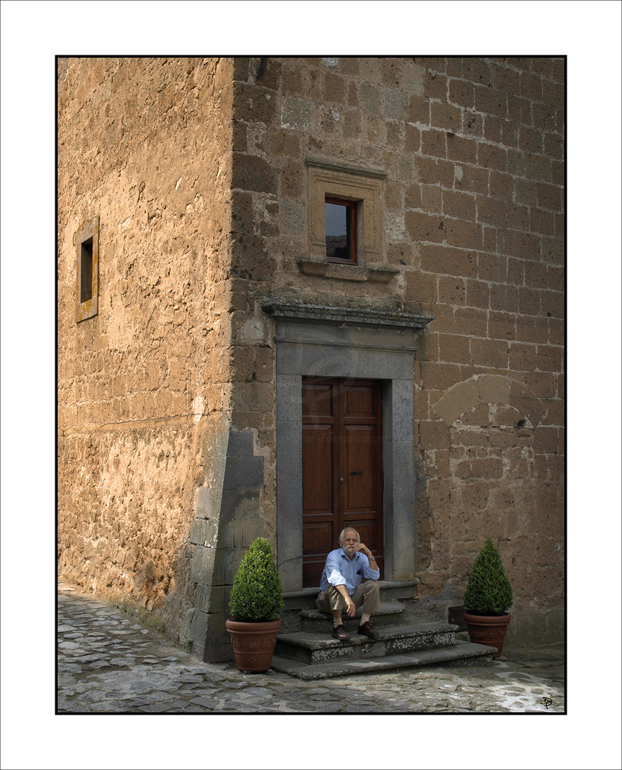 A  citizen of Civita di Bagnoregio.