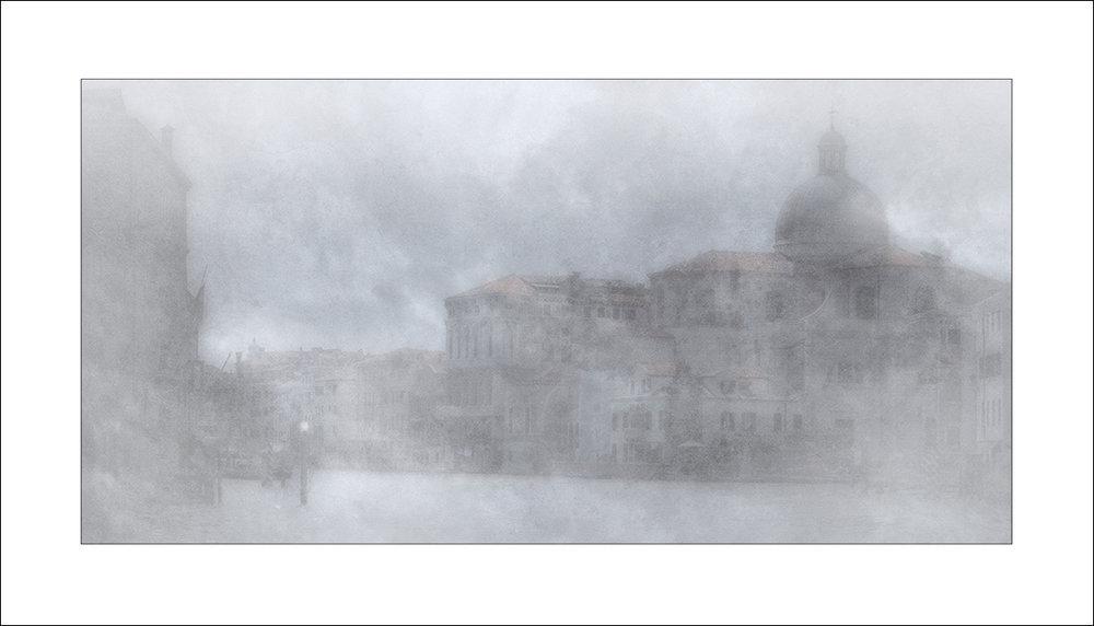 ' Venezia nella nebia '