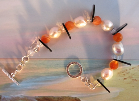 Capture the light at the Taj Mahal, bracelet by Jasmin blu Jewelry.