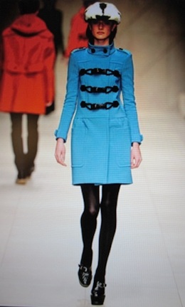 Exciting colors a Flash back to the 60s in blue felt by Burberry.