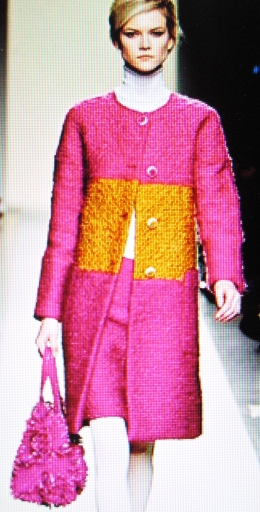 Unexpected colors, Tweed Bouclée by Bottega Veneta.