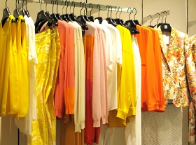 Citrus colors for a fun Spring Look by Stella Mc Cartney.