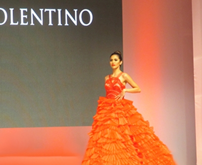 The evening's star, the Carmen gown, by O. Tolentino.