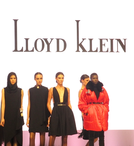 Lloyd Klein showed day and evening Looks in fluid styles.