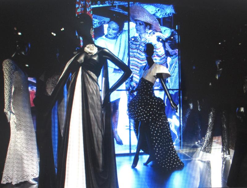 Jde Ribes black chiffon gown.jpg
