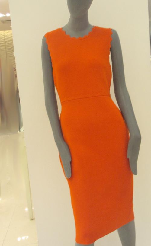 Just hugging all curves, ALC dress in Mandarine...