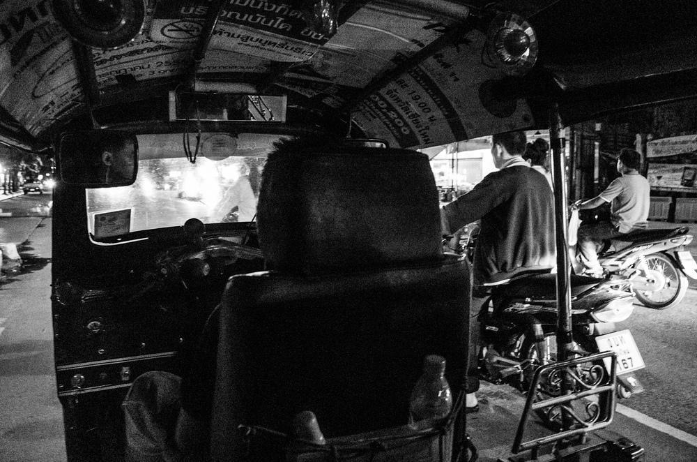 tuk-tuk-night-ride-01.jpg