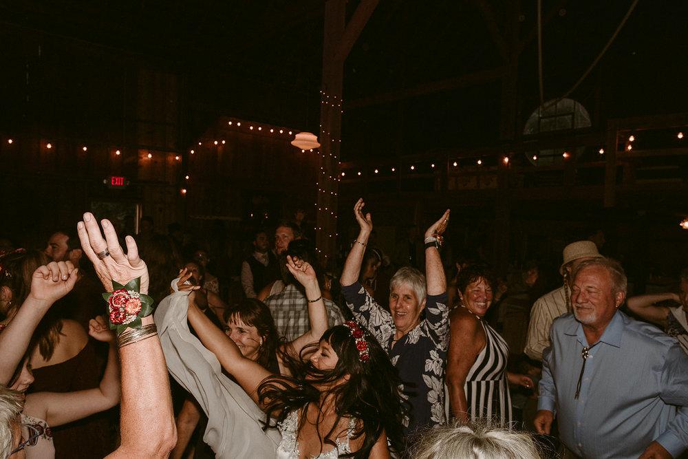 Colin + Ciara_Barnstar Events_08 11 2018_0852.jpg