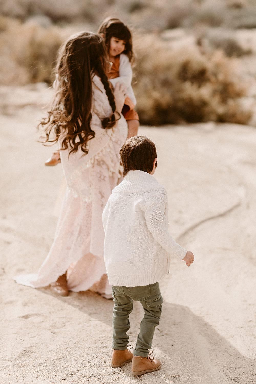 Mommy and Me_Joshua Tree_2019_0103.jpg