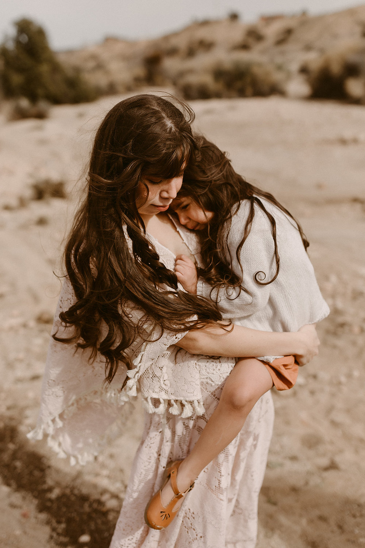 Mommy and Me_Joshua Tree_2019_0111.jpg