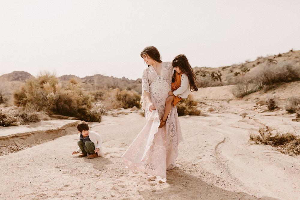 Mommy and Me_Joshua Tree_2019_0108.jpg