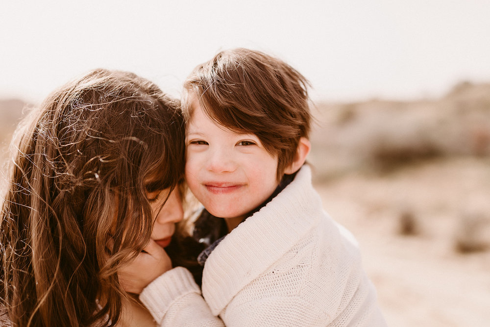 Mommy and Me_Joshua Tree_2019_0153.jpg