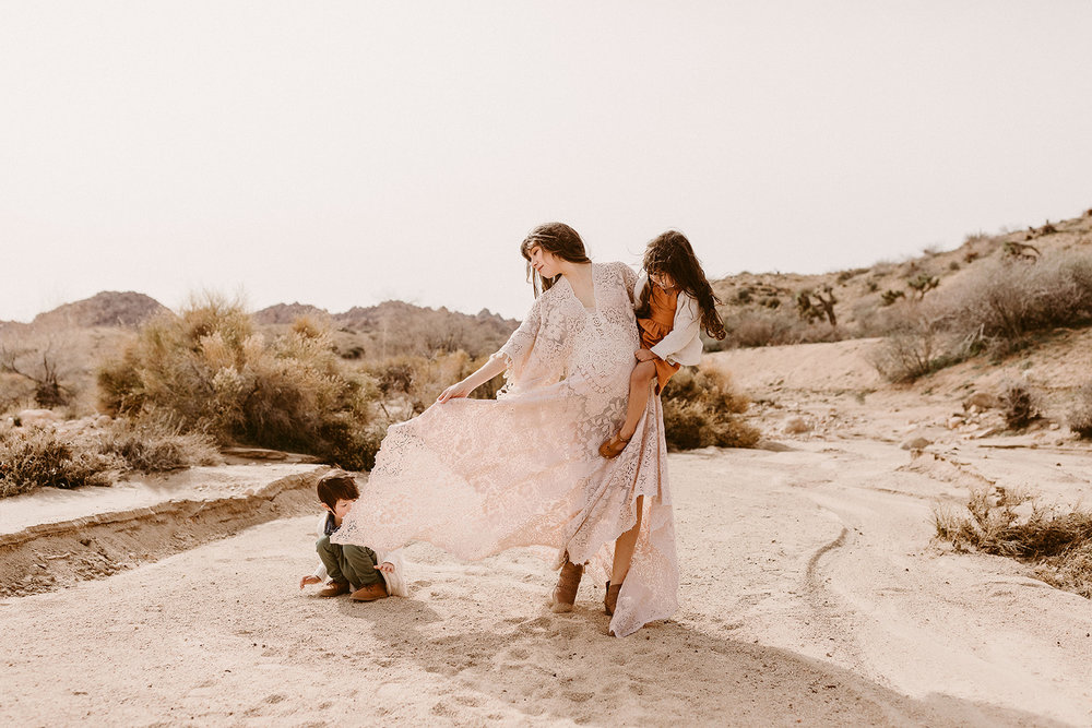 Mommy and Me_Joshua Tree_2019_0107.jpg