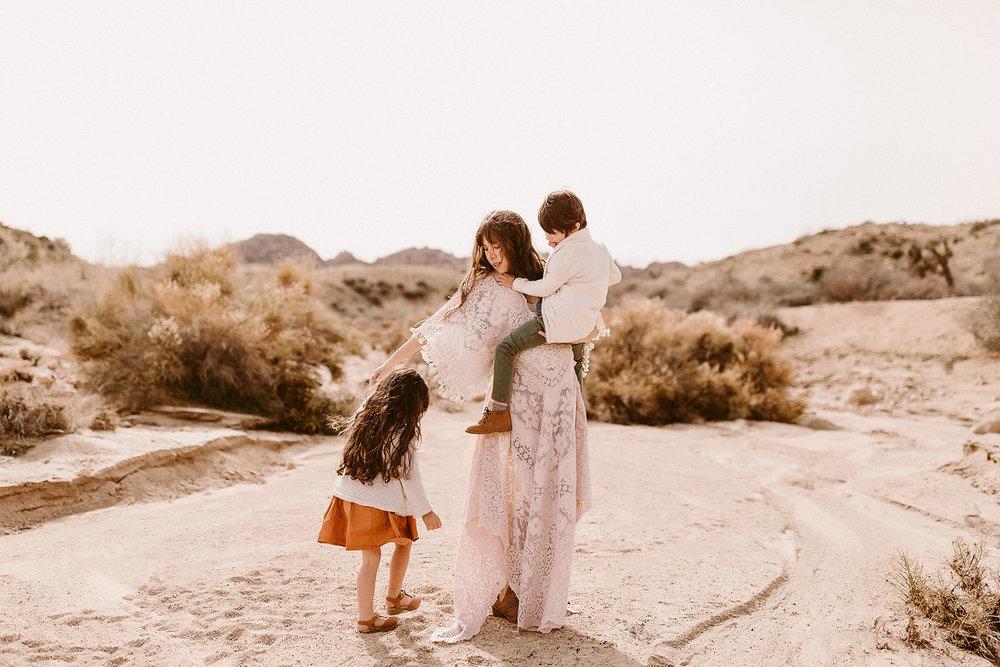 Mommy and Me_Joshua Tree_2019_0162.jpg