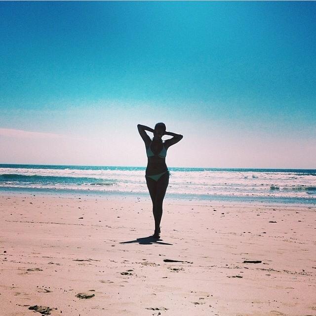 playa-carmen-santa-teresa-costa-rica-olivia-christine