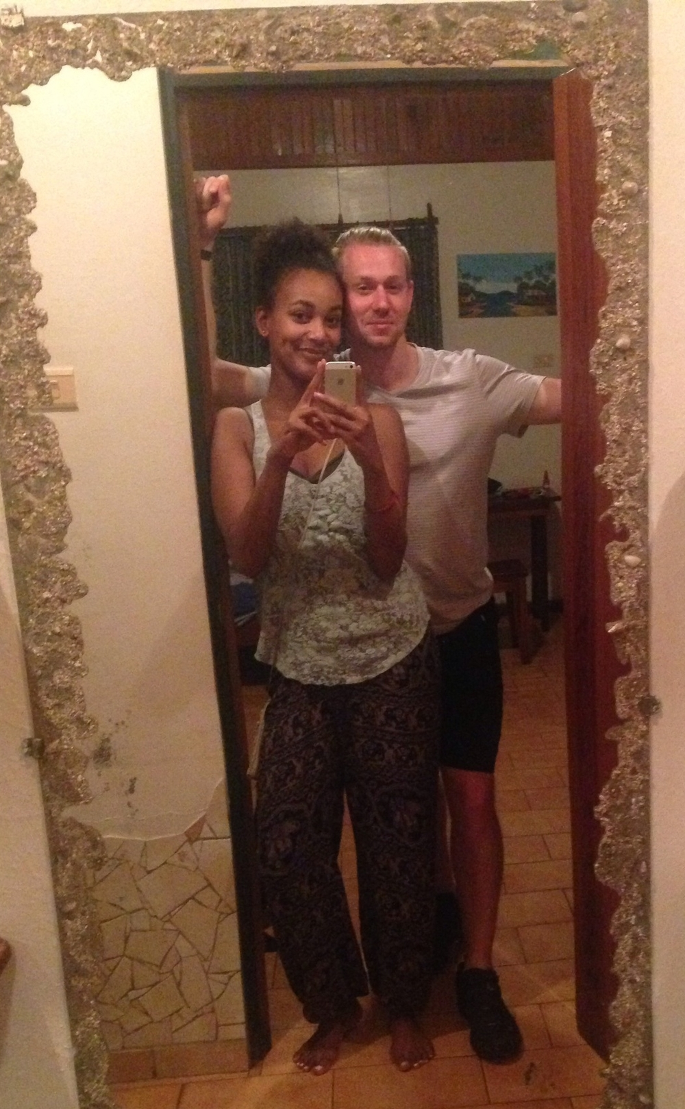 alex-olivia-christine-traveling-couple