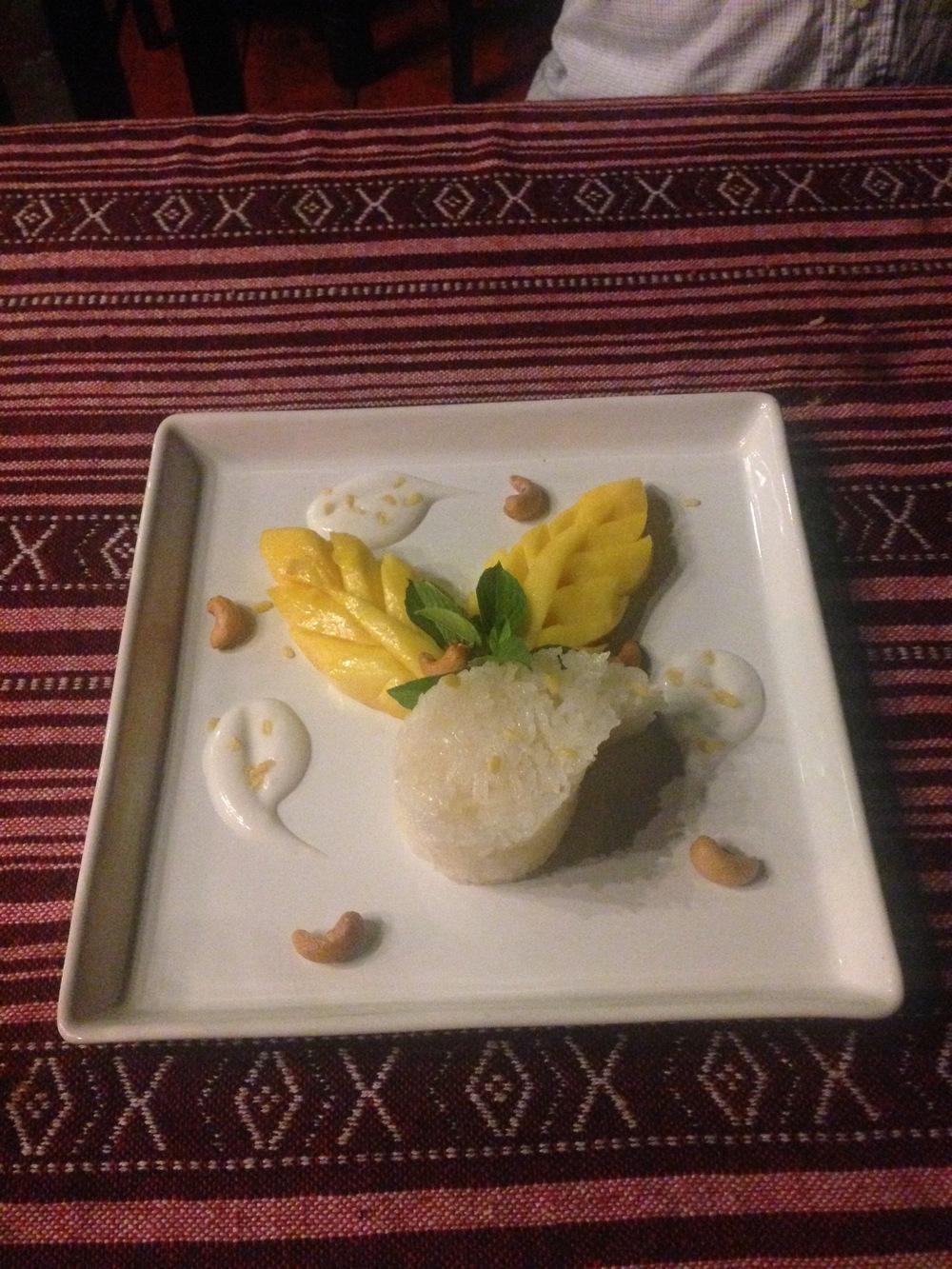 mango-sticky-rice-paak-dang-restaurant-chiang-mai