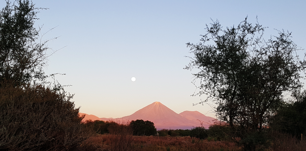 ochristine-copyright-atacama-chile-travel-photo-supermoon
