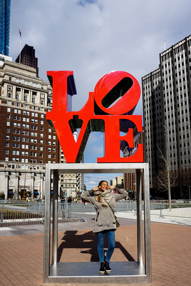love sculpture philadelphia philly ochristine