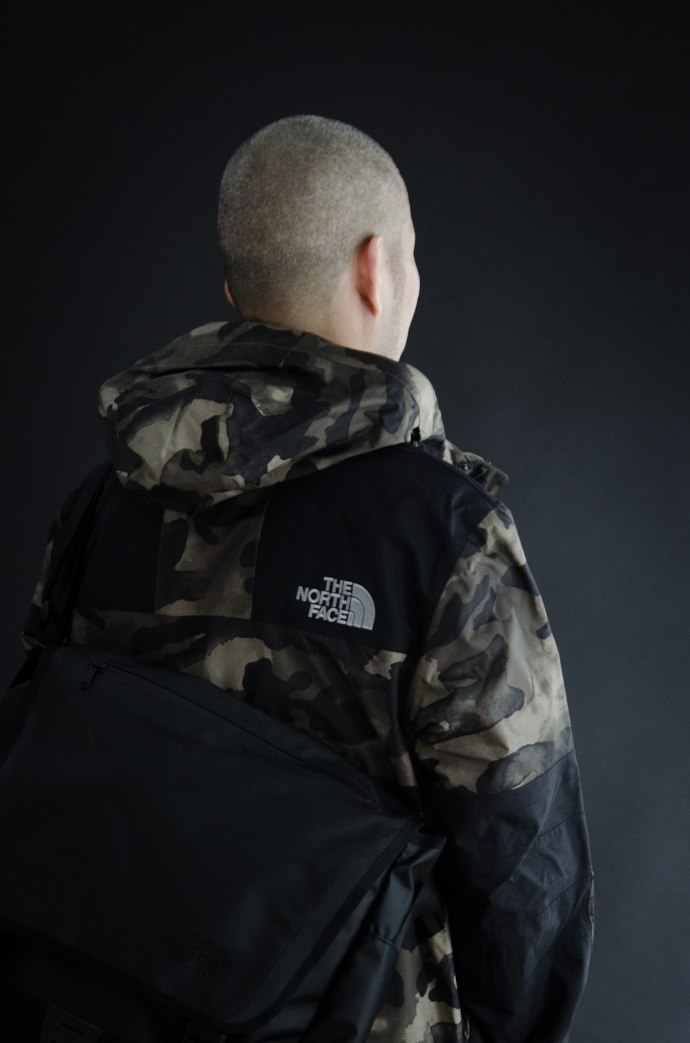 The North Face - Metro Mountain Parka    The North Face  - BC Messenger