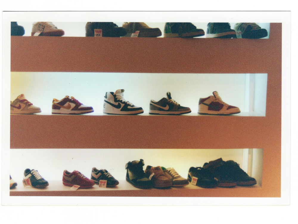 OTH 15 Years Shoe Wall