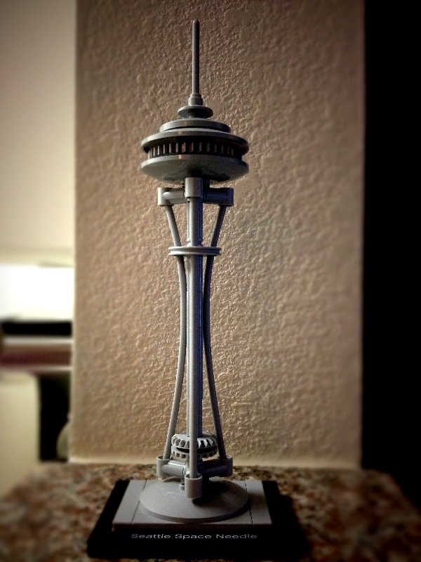 Almost forgot! I also have the space needle. Man did Lego find the right set to get me to open my wallet. This one was actually a gift. Thanks mom-in-law!