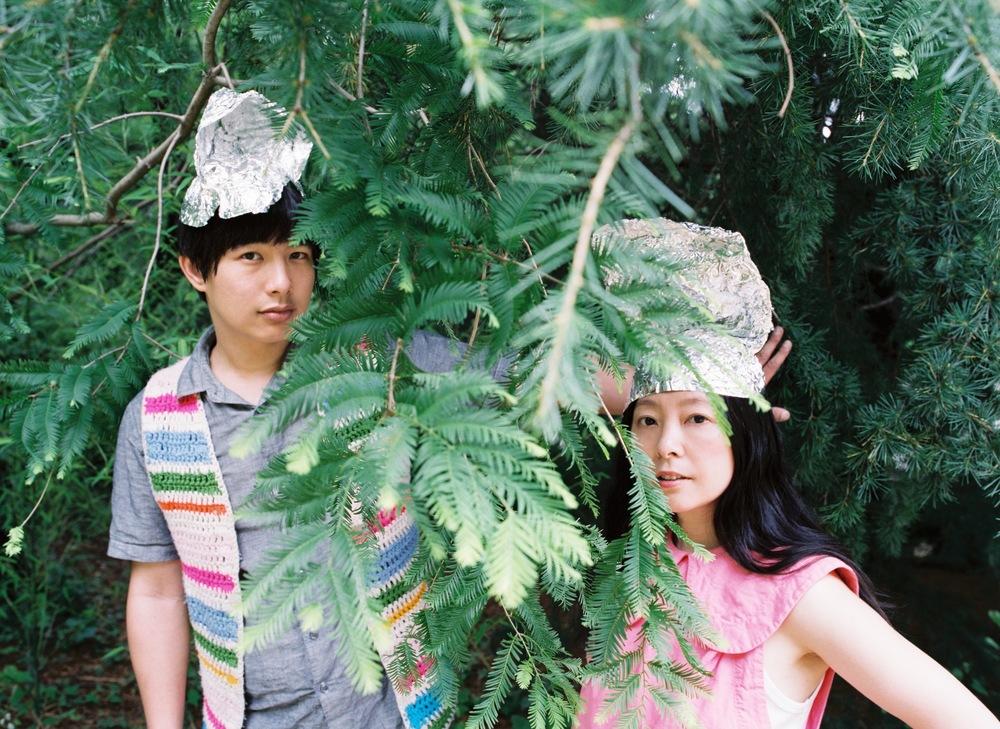 Dustin Wong   Takako Minekawa - Dustin Wong and Takako Minekawa by Hiromi Shinada - dustintakako35f.jpg