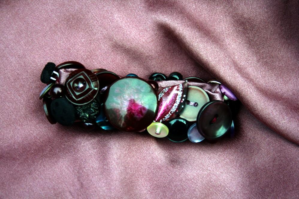 Ametyst button bracelet.jpg