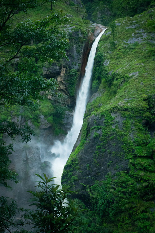 After Rains Fog Rolls Into Madison >> A Monsoon Meander 21 Days In The Annapurna Wilderness Of Nepal