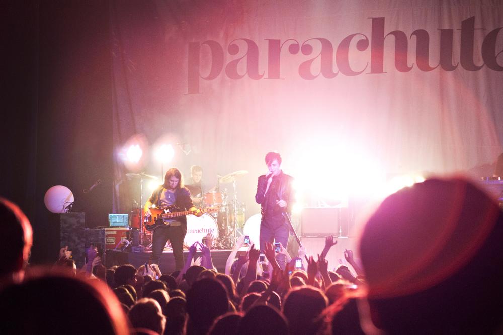parachute-5.jpg