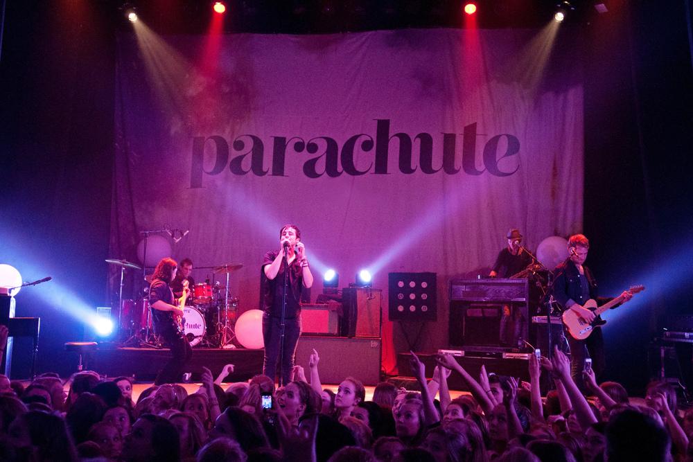 parachute-16.jpg