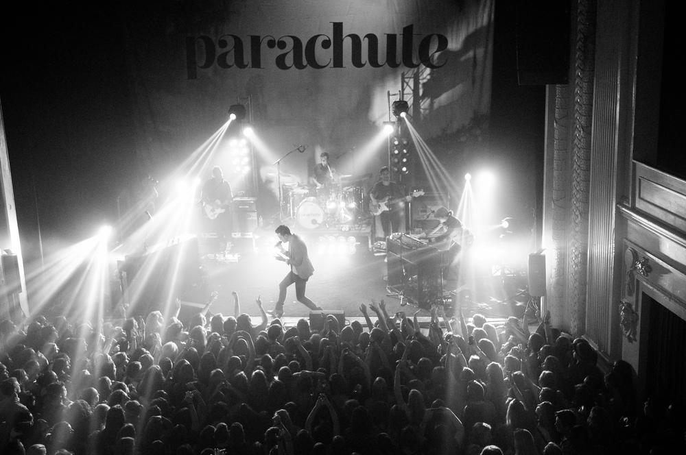 parachute_ccernik1