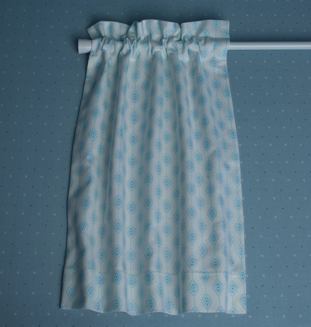 How To Sew A Simple Lined Cafe Curtain Oliver Rabbit