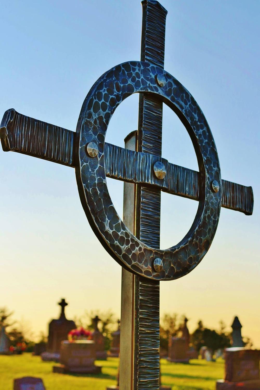 Forged Steel Crosses : Primitive precision metalcraft