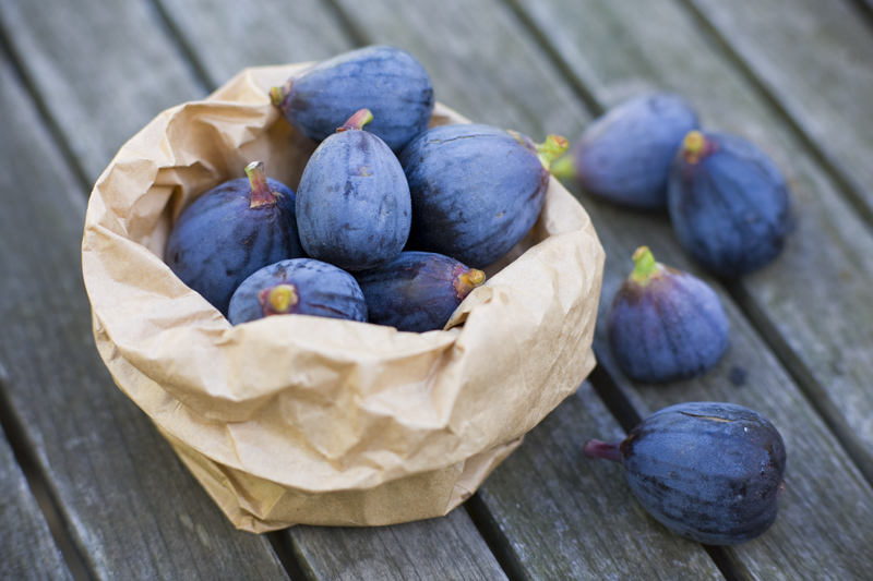 figs   black mission varietal    These figs are gorgeous.