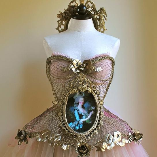 $200 marie antoinette corset.png