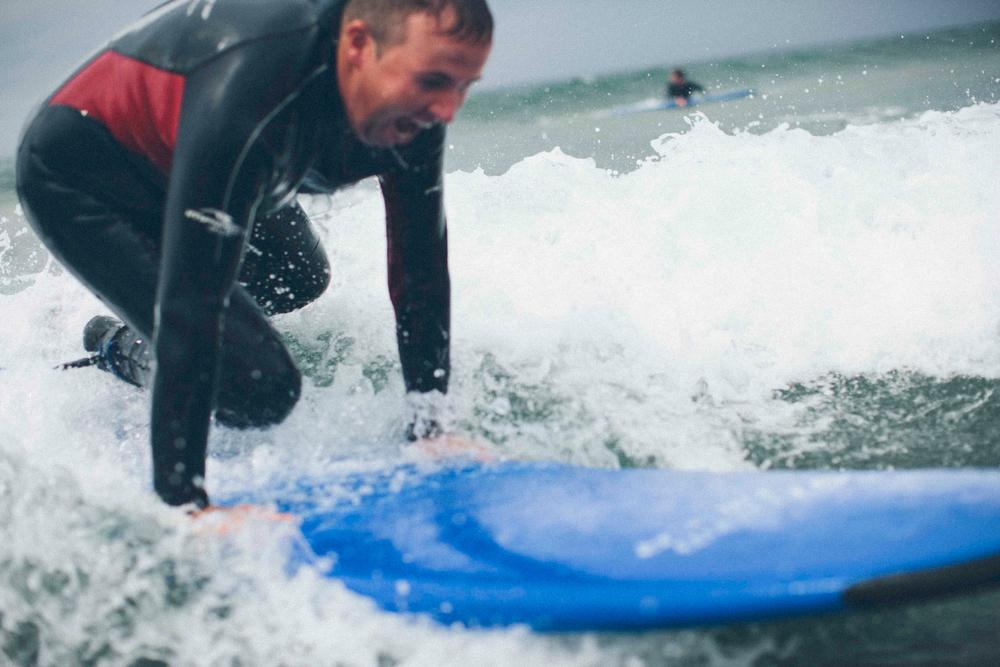 Shane_Lowry_surfing_4.jpg