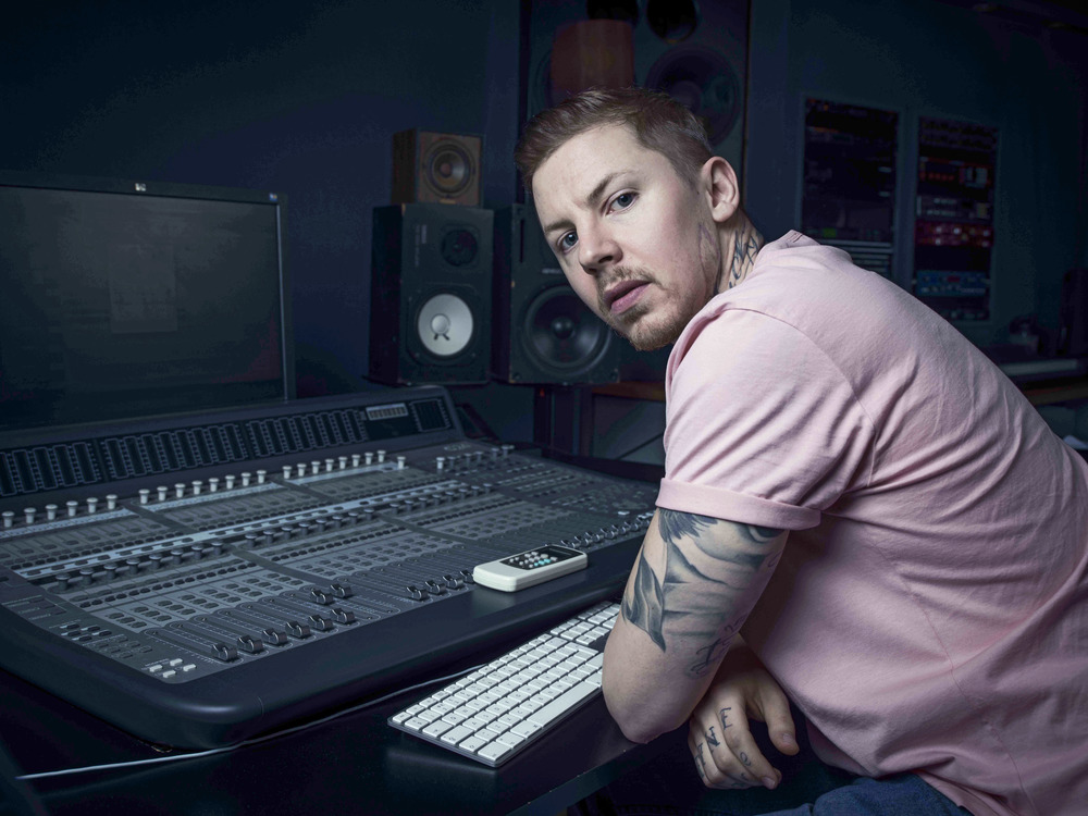 New project for Lynx Make Beats Not War. I can confirm that Stephen is a thoroughly decent and obliging chap FYI.