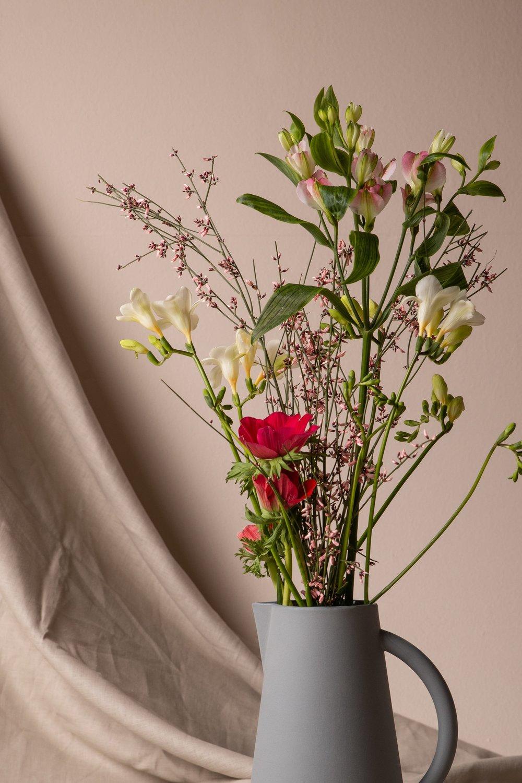 UNISON_CARAFE_CLOUD_BLUE_FLOWERS.jpg