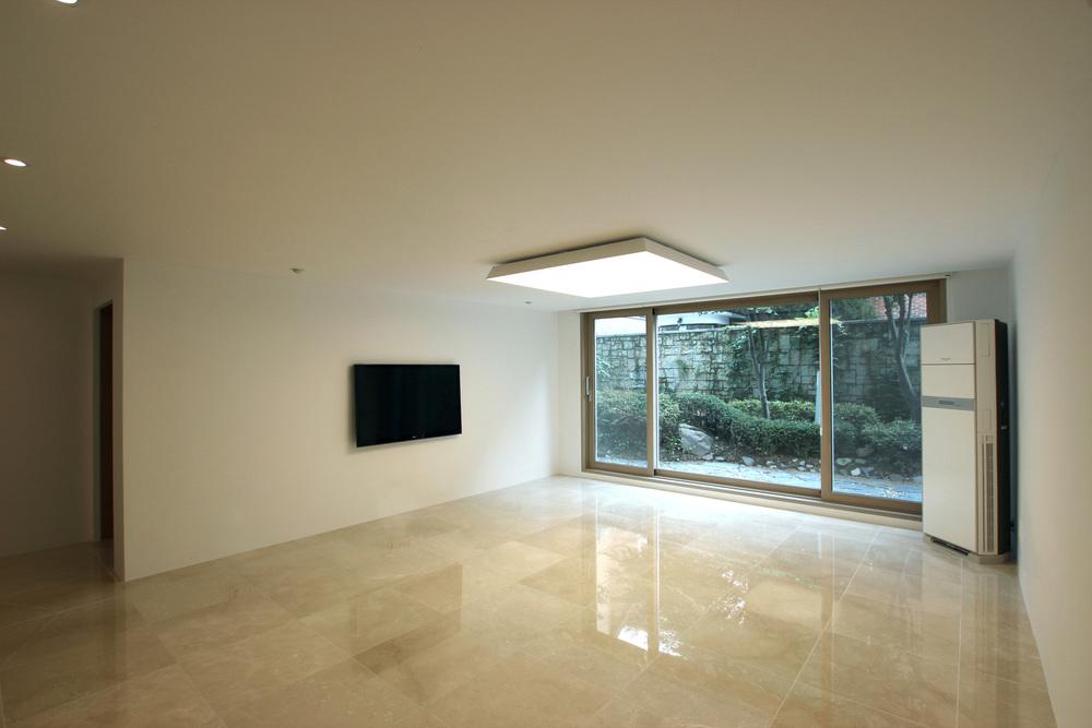 seorae minimalist residence