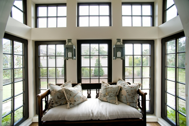 Tilt and turn windows henselstone window and door for Operable awning windows