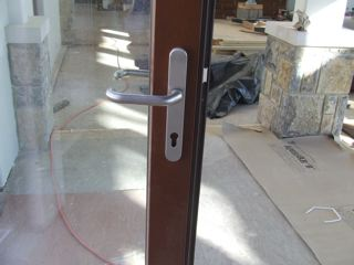 Standard Aluminum Door Handle with Brushed Silver Finish