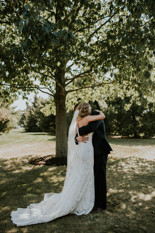 Wooster ohio wedding photographer grace e jones barn weddin venue 23.jpg